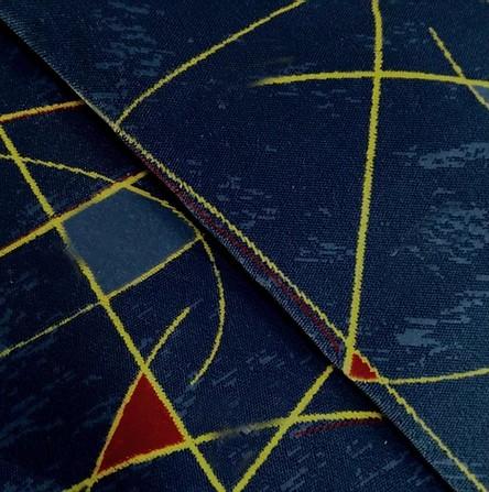 Navalhado Geométrico Azul Marinho